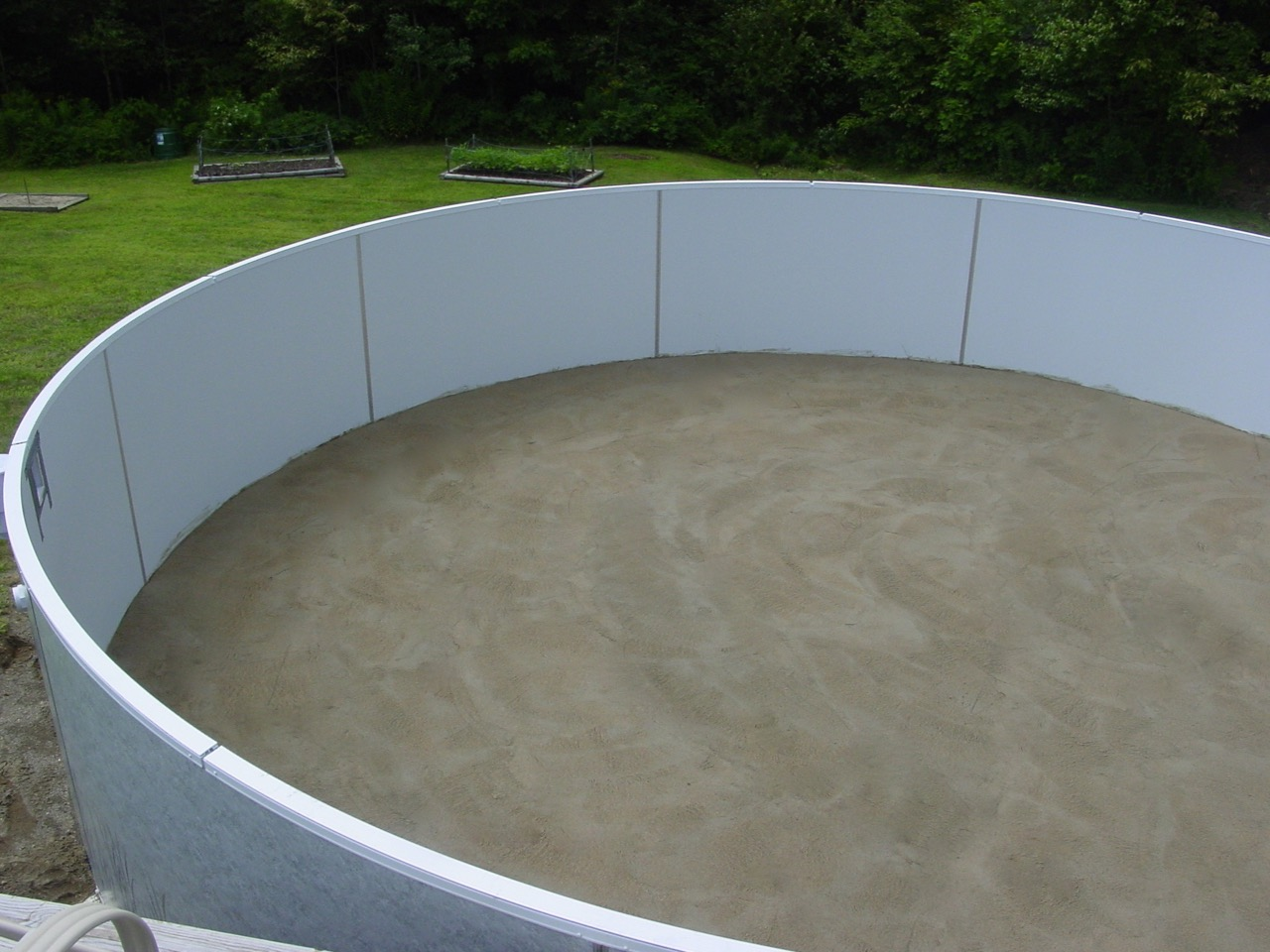 Pool installations island pool spa for Above ground pool installation
