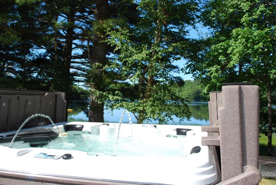 Strong Spas | Maine Hot Tub Spa Dealer - Island Pool & Spa